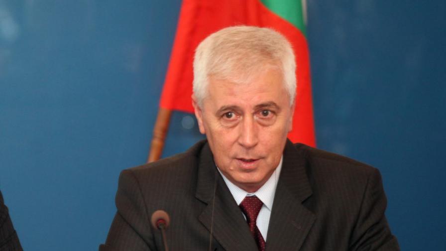 Шефът на ВМА: Димитър Цонев е в тежко състояние