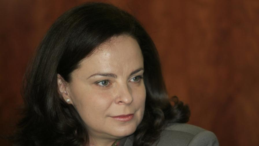 Здравният министър подкрепя забраната за тютюнопушене