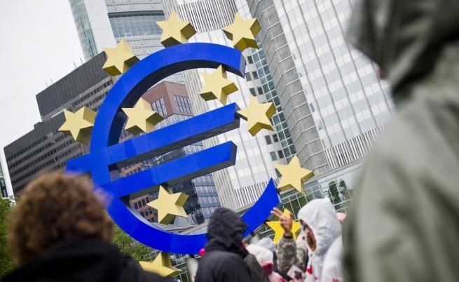 След признанията на МВФ ЕК отрече за грешки при спасяването на Гърция