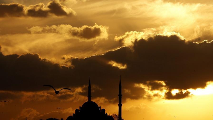 Двете Турции в главите ни