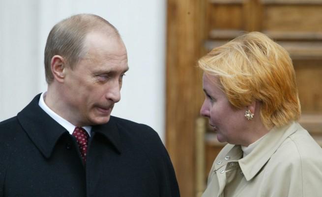 Путин кърпи имиджа си, но ще се жени ли?