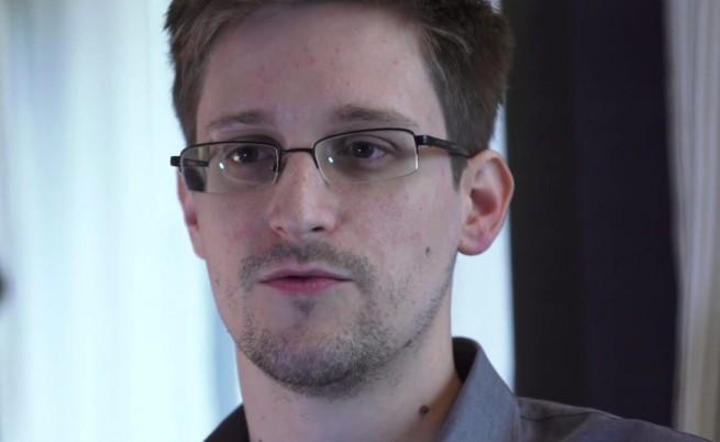 Москва предложи убежище на Сноудън, разкрил мащабите на подслушването в САЩ