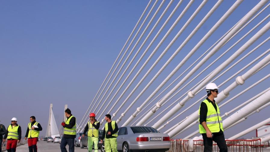 """13 г. по-късно: Откриват официално """"Дунав мост 2"""""""