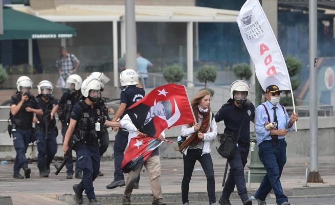 Властта в Турция: Всеки останал на