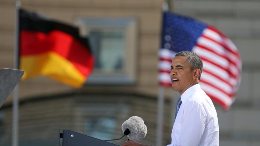 Обама пред Бранденбургската врата