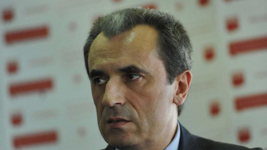 Орешарски не одобрява политическа намеса в работата на медиите