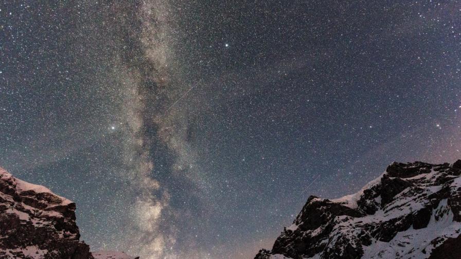 """Апаратът """"Гая"""" ще брои звездите в Млечния път"""