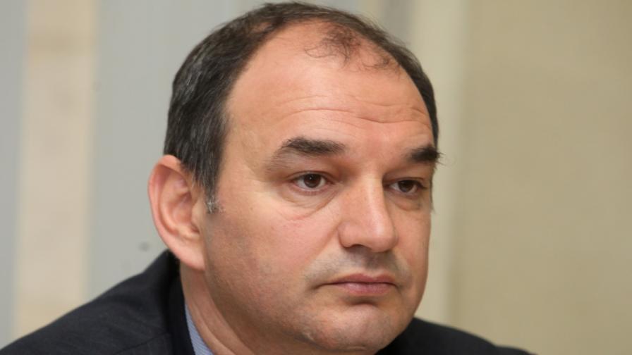 Иван Йотов