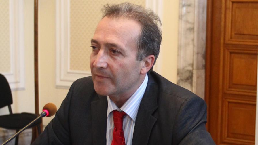 Депутат от БСП оспори внесен от Сергей Станишев мораториум