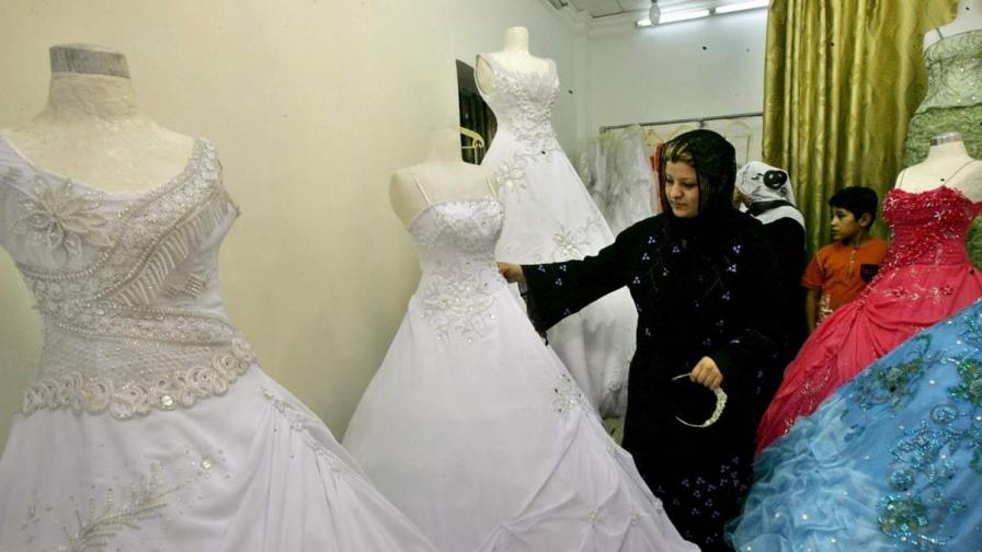 Иракчанин на 92 години сключи брак с 22-годишна жена