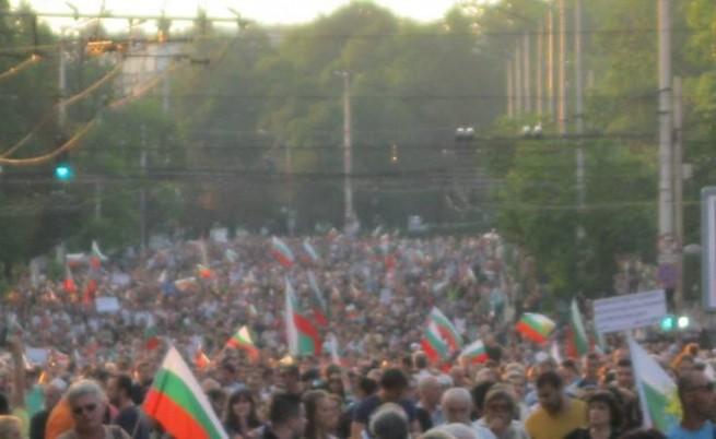 Още двама в гладна стачка срещу Орешарски