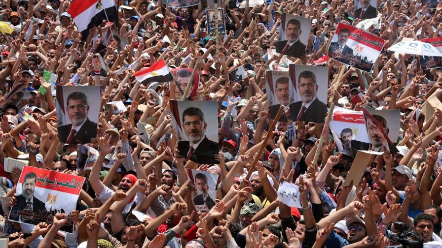 """""""Файненшъл таймс"""": Свободата и демокрацията могат да станат врагове"""