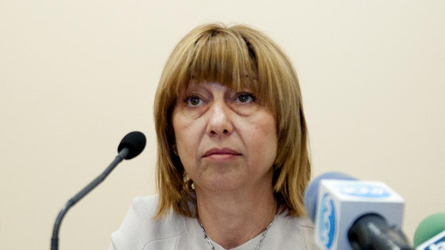 Министър Клисарова: 63 199 ученици в първи клас наесен
