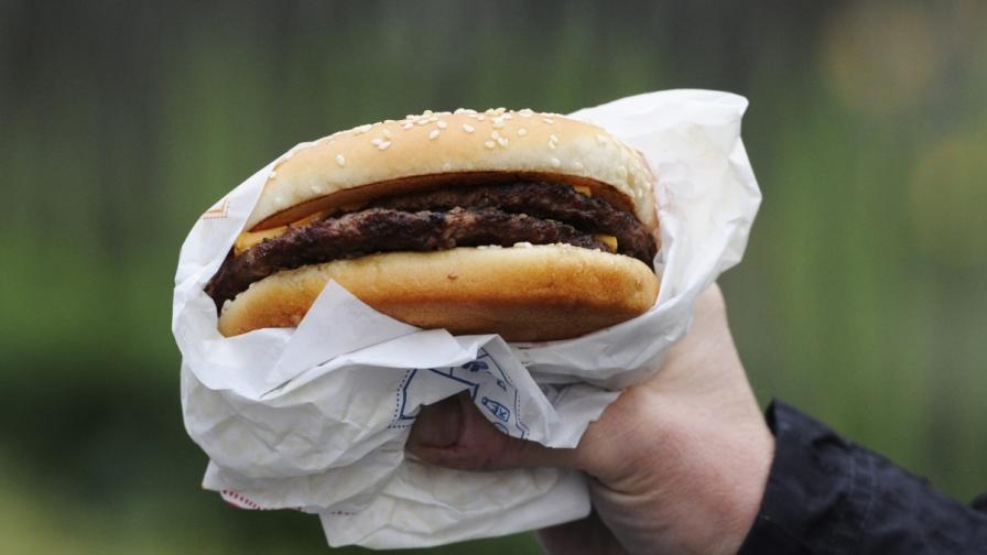Първият бургер с изкуствено месо вече е факт