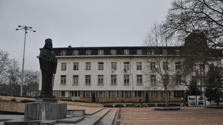 Ще има ли в Ловеч площад на името на поп Кръстю