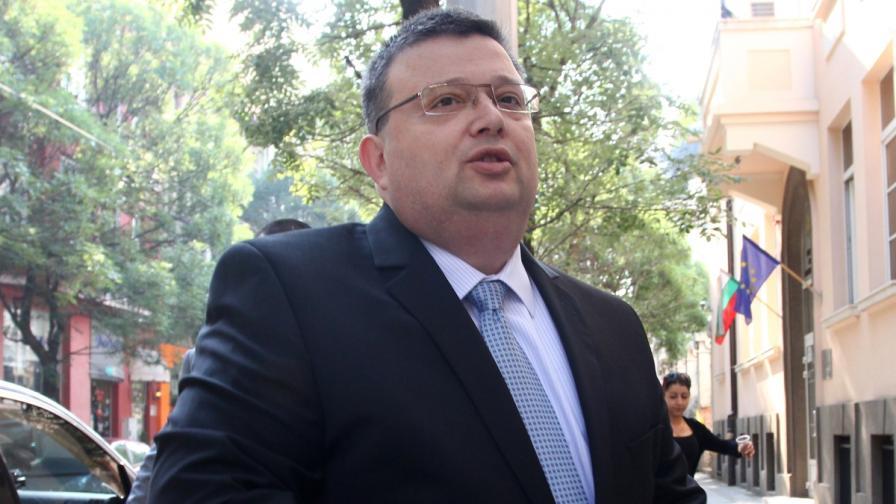 Цацаров: Проблемът не е самият протест