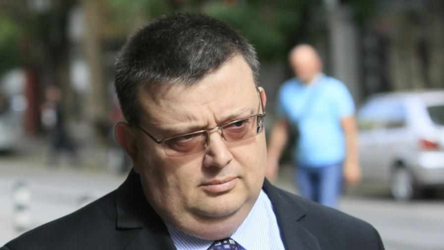 """Пуснали 7 от задържаните на кораба """"Св. Николай"""""""