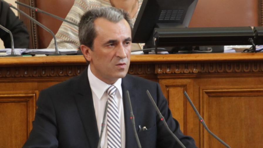 Орешарски предлага общи чествания с Македония на исторически събития
