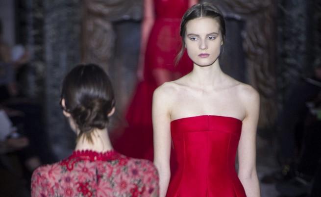 Жените в червено привличат мъжете