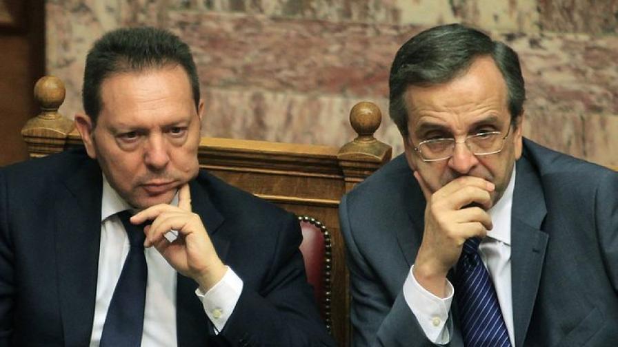 Гръцкият финансов министър иска вдигане на ограничения на пазара на недвижимостта