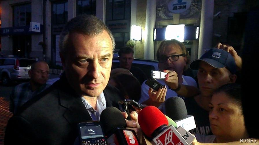Йовчев: Осем са постради при взрива в китайския ресторант