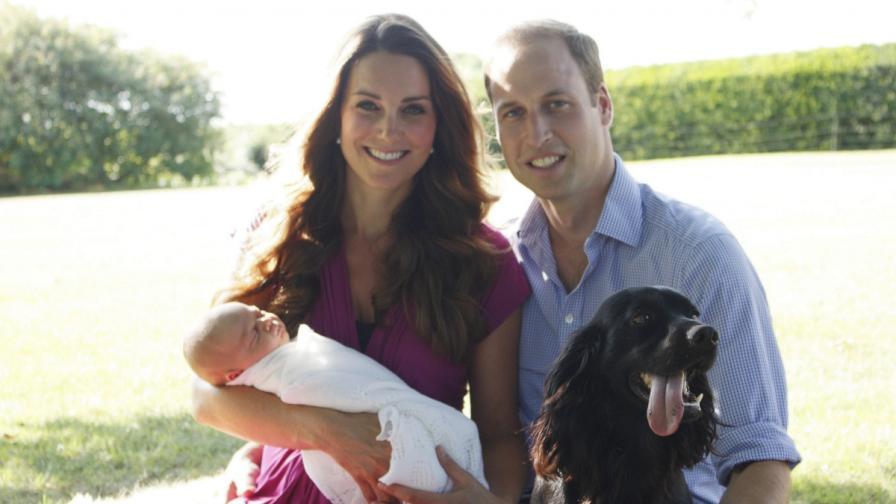 Показаха първите официални снимки на принц Джордж