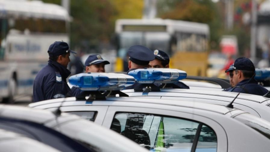 Полицаи гледат турски сериали по работа