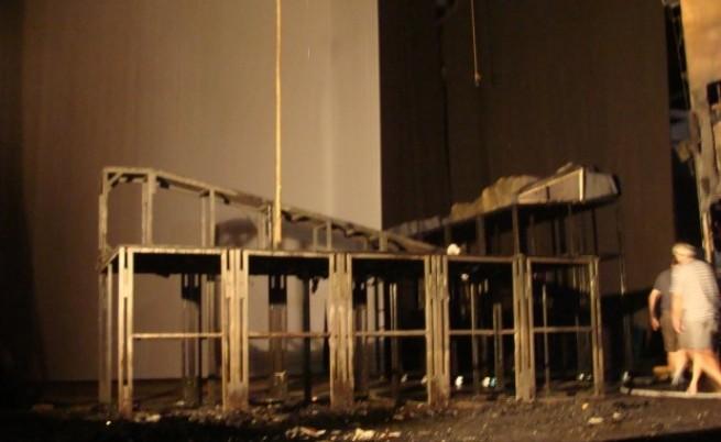Късо съединение вероятно причинило пожара в пловдивския театър