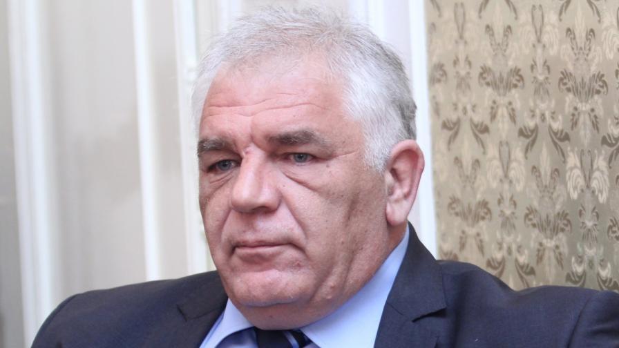 Петър Чобанов уволни Танов от Митниците