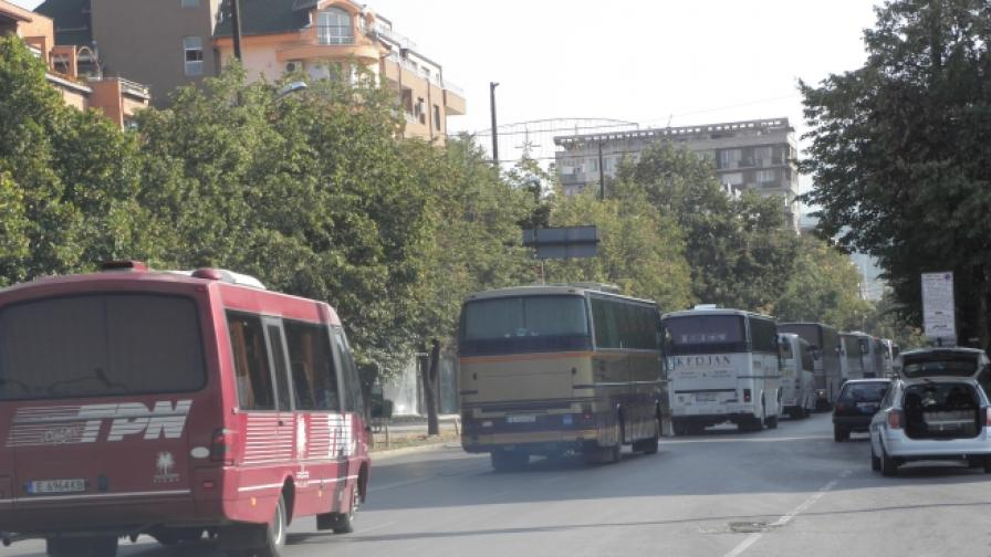 Протест на автобусни превозвачи от Благоевград