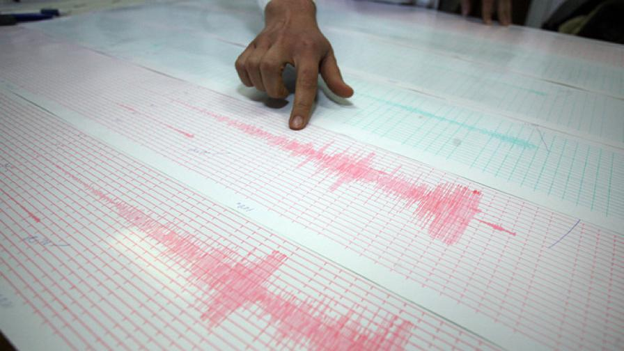 Земетресението е с магнитуд 4 край Сатовча