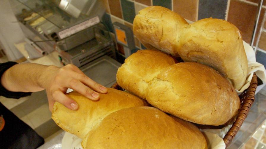 <p>Държавата се договорила &bdquo;джентълменски&ldquo; за цената на хляба</p>