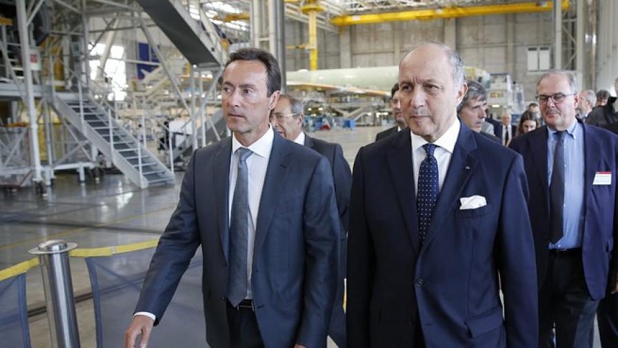 Външният министър на Франция прави бизнес дипломация