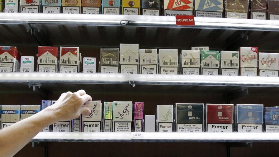 Експерти искат да се скрият цигарите в магазините