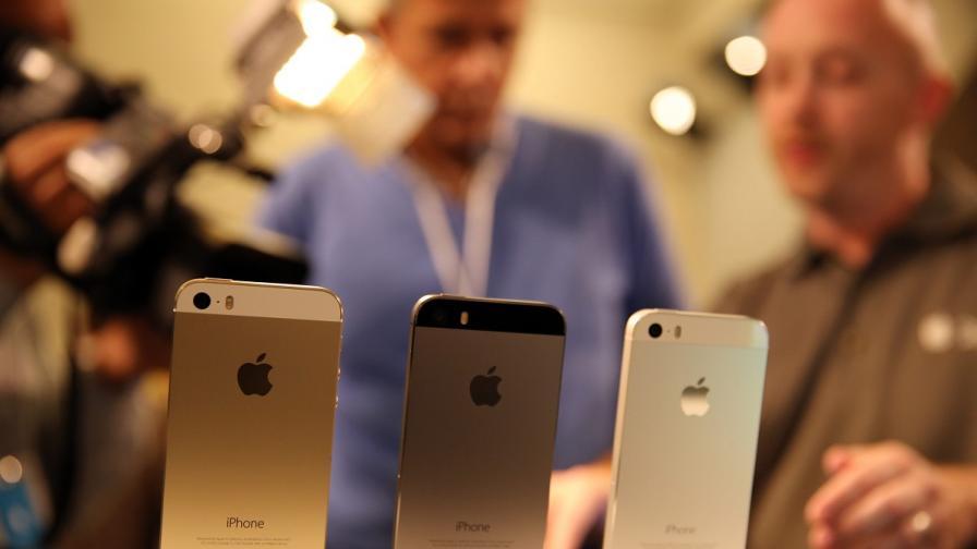 """Епъл"" представи два нови смартфона"