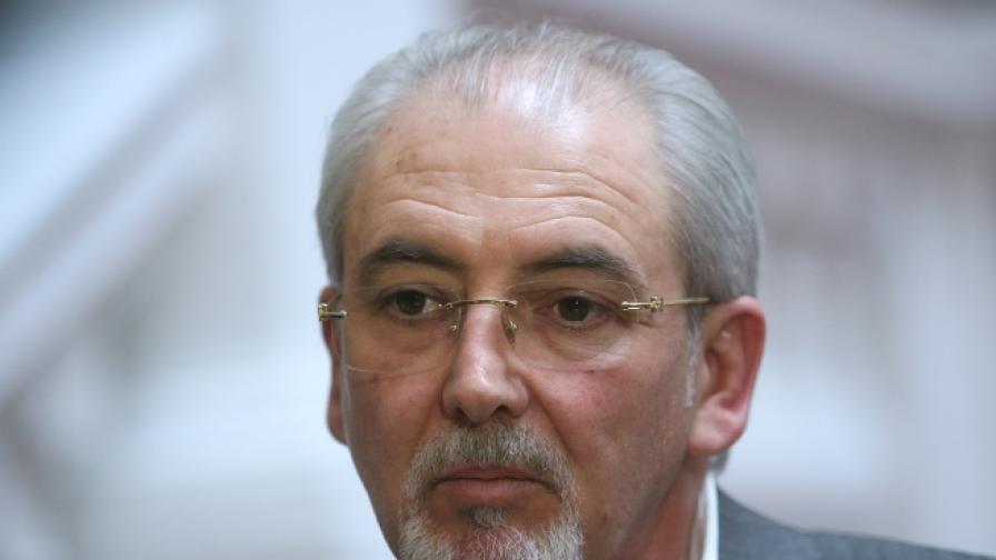 Лютви Местан: Назначението на Ибрямов е политическо