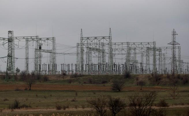 Растат ли сметките за ток въпреки по-ниската цена