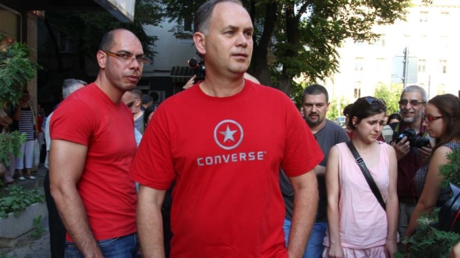 Георги Кадиев: ГЕРБ си оправя отношенията с Пеевски