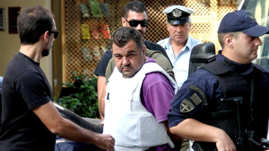 Повдигнаха обвинение на гръцкия неонацист убиец