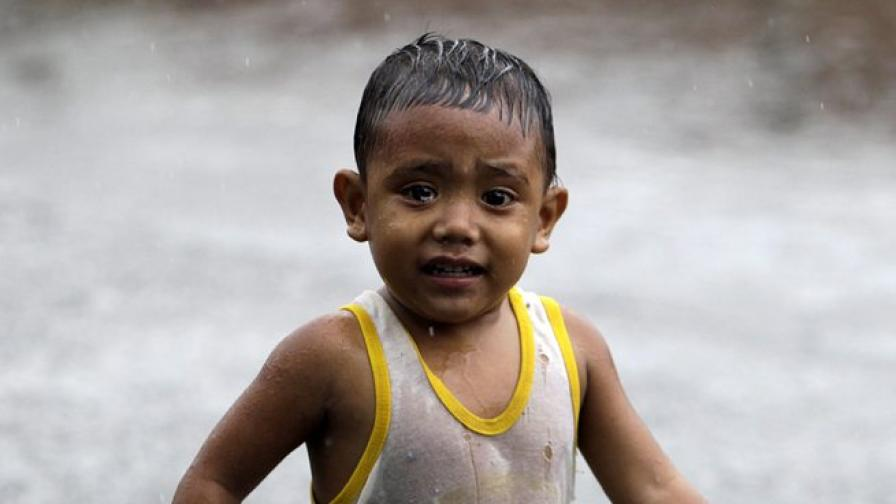 Тайфунът Усаги се стовари върху Китай и погуби 25 души