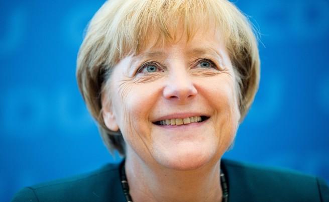 Руснаци пращат картички на Меркел за 9 май след отказа ѝ да отиде в Москва