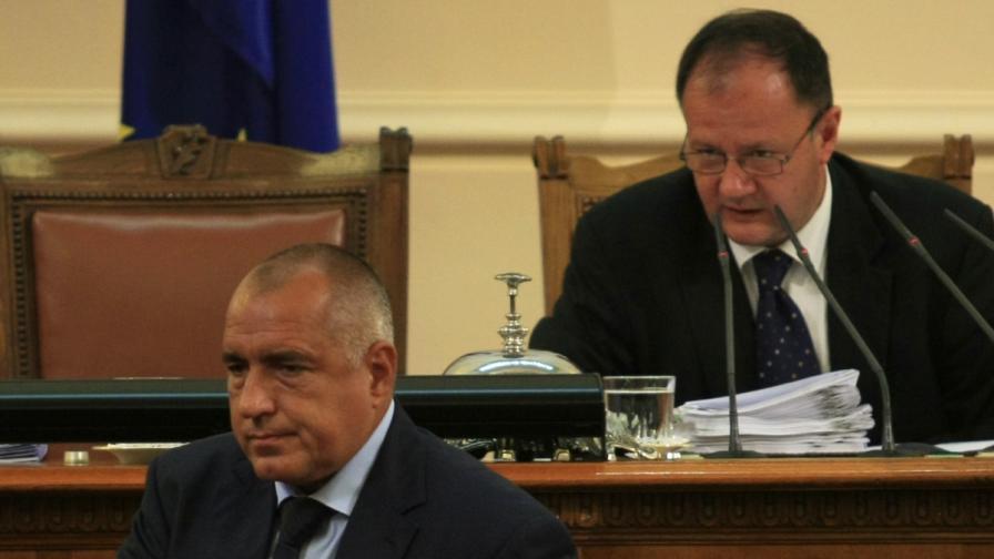 Борисов за Миков: Това е шмекер, не председател на НС