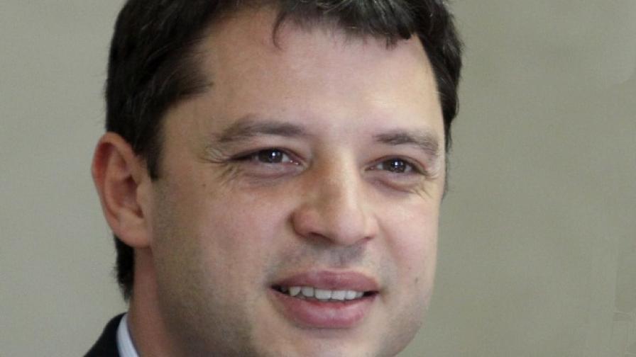 Делян Добрев стана татко за трети път