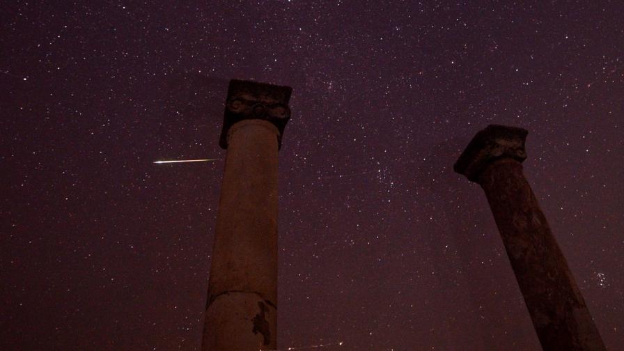 """ЕКА и НАСА се готвят за """"кометата на века"""""""