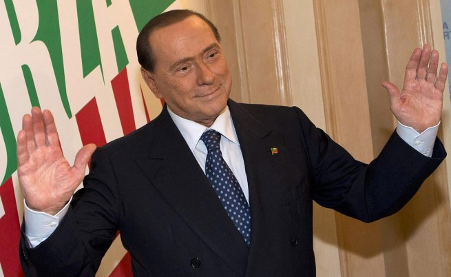 Първа крачка към изгонването на Берлускони от парламента