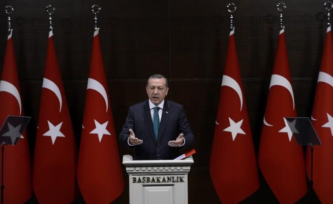 Ердоган: Корупционната афера няма да успее да ме свали от власт