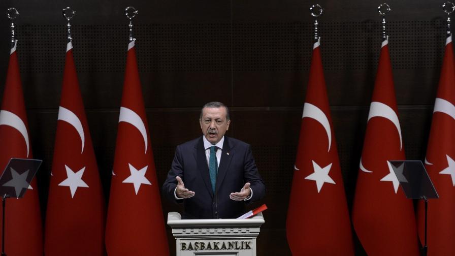Ердоган: Скандалът няма да успее да ме свали от власт