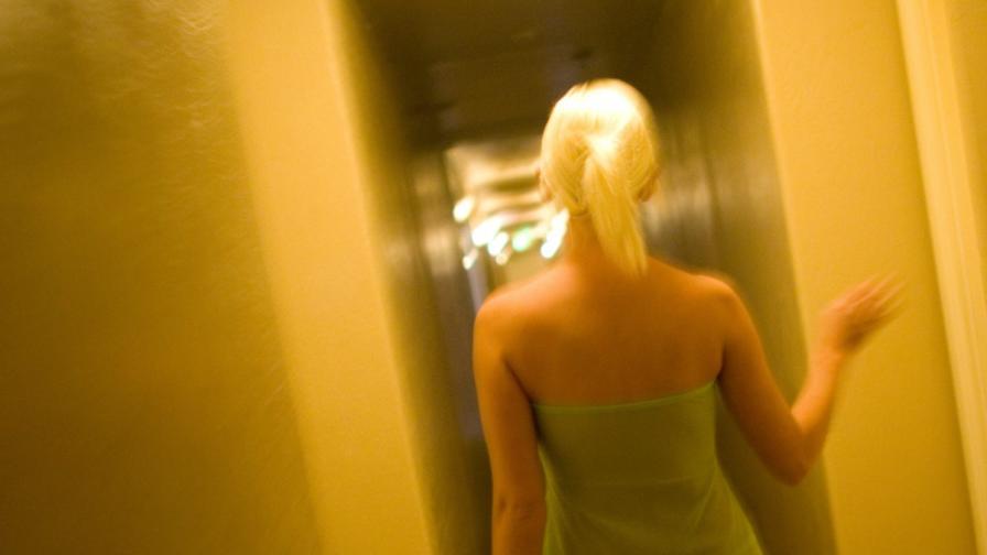 Франция: Глоба за клиентите на проститутки