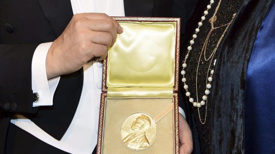 Как лауреатите на Нобелова награда харчат парите си