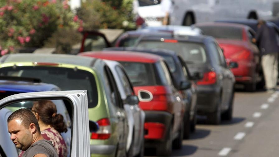 """""""Труд"""": Частници ще правят номерата на колите"""
